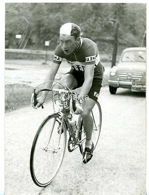 1957-CICLISMO-GIRO-DITALIA-COMO-Charly-GAUL.jpg.fb39e8a1e86d5682b70699c5f49de7a1.jpg