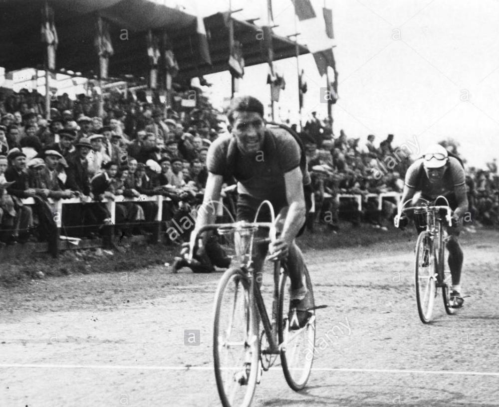 tour-de-france-1936-fase-4-metz-belfort-vincitore-dello-stadio-maurice-archambaud-fr.thumb.jpg.1b572762db410692ce1e4de8d96d6978.jpg