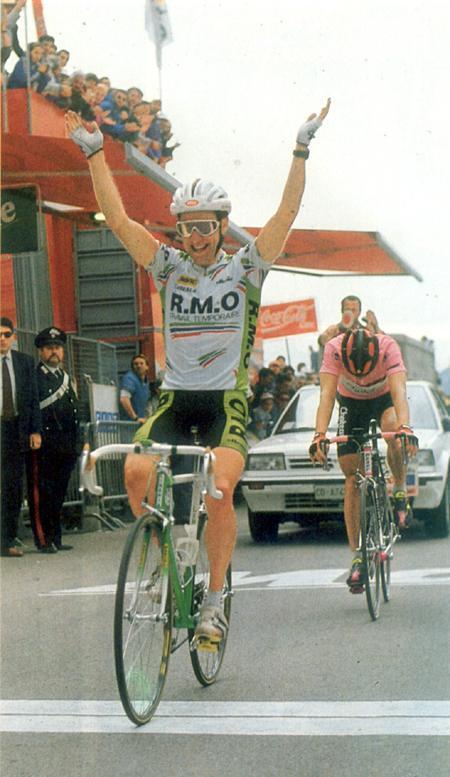1990-Mottet-batte-Bugno-.thumb.jpg.84f46e868c02bfd124dd2b62ef78aabc.jpg